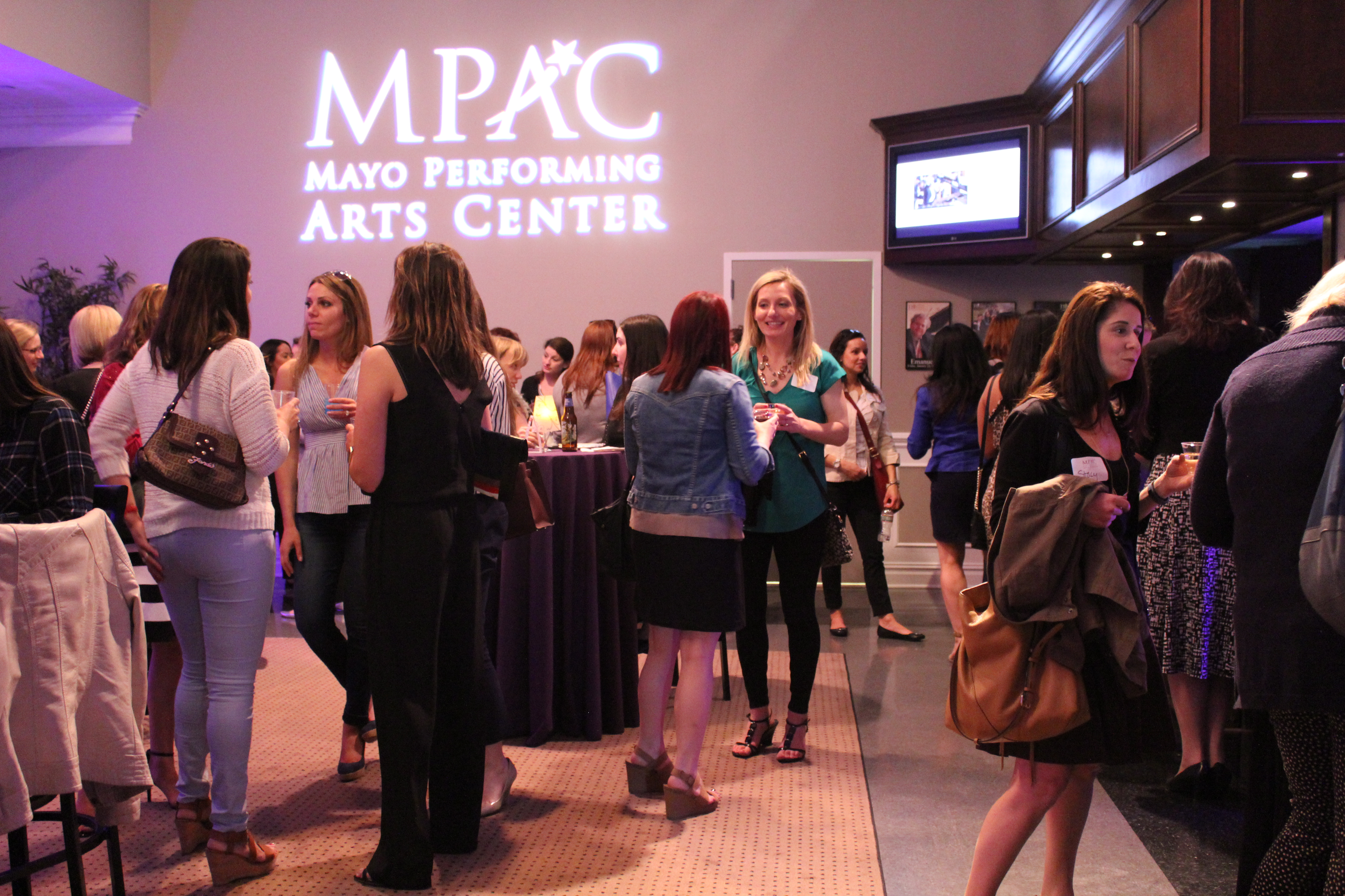 """MPAC's """"Conversations & Cocktails with Liz Tuccillo"""""""