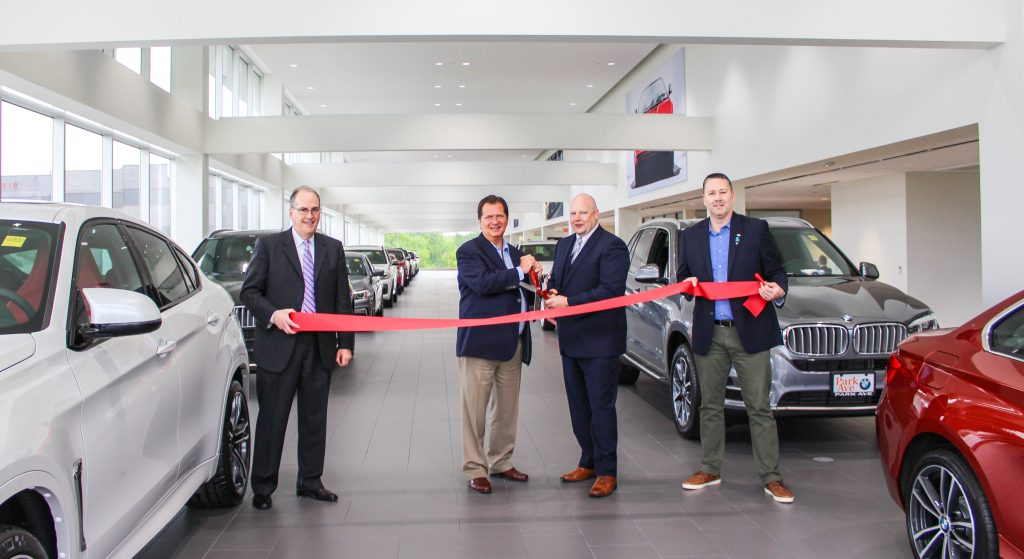 Bmw Park Avenue >> Park Avenue Bmw Unveils New Customer Centric Showroom