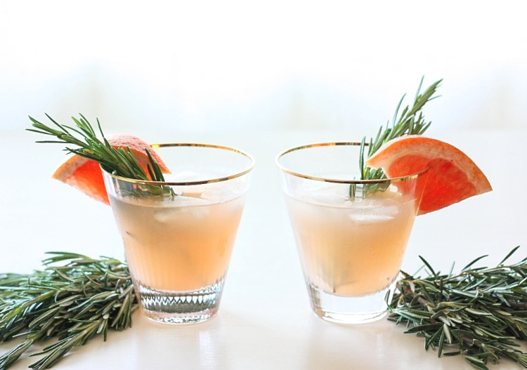 Beth Nydick Shows us her Favorite Thanksgiving Cocktails