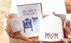 card, cards, gift, gifts, gift basket, mom, mothers day, mother's day, a couplepuns
